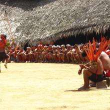 Encontro de Xamãs Yanomami © Beto Ricardo